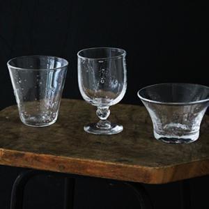 涼やかなガラスの小鉢で夏支度