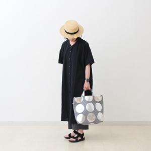 夏に大人気のシルバーが再入荷 水玉のトートバッグ