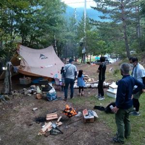 廻り目平でキャンプ