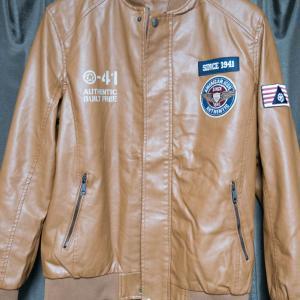 ライダースジャケットを購入