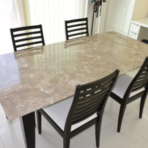 カフェラテグレー大理石テーブル