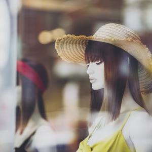 女の人になってみたい一心で、女装を始めた男のお話 第2話「買うだけ買って・・・」