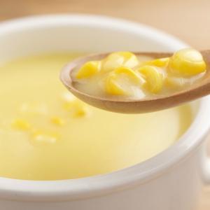 寒い日の朝に飲む、温かいコーンスープがとてもおいしい。