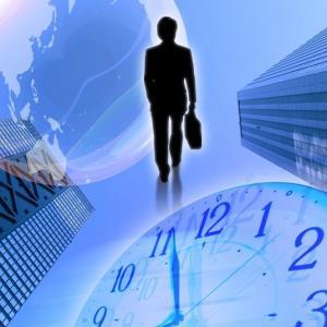 収入のない無職は株などの投資よりも前にやるべきことがある。