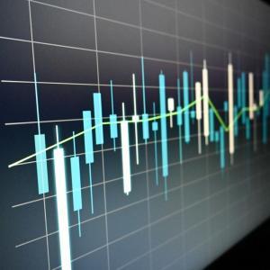 株式は不安定収入である。