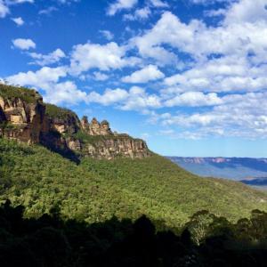絶景のブルーマウンテンズ国立公園へ シドニー日帰り旅行