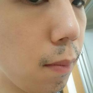 【ヒゲ脱毛経過】剛毛だったおっさんが1週間ヒゲ剃りせずに過ごしてみた(画像あり)
