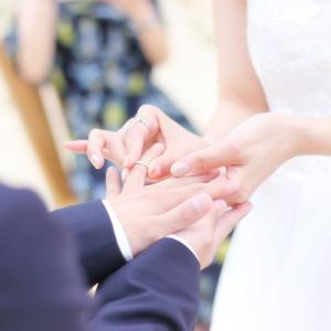 金属アレルギーで結婚指輪ができない方に朗報!サージカルステンレス製なら毎日つけてもOK!