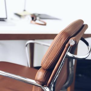 テレワーク・リモートワークの椅子問題|レンタルを活用するという発想