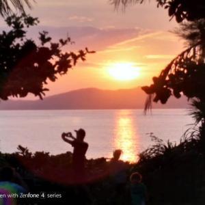トカシクビーチの夕日