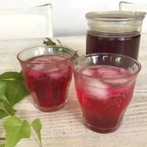 旬の食材を食べよう 疲労回復やアンチエイジングに赤紫蘇シロップ