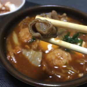 おっさんの独り晩飯  セブンの辛味味噌鍋?