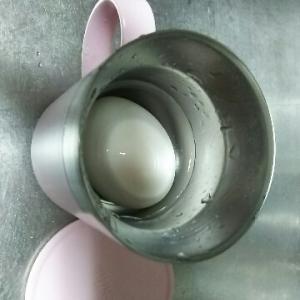 ゆで玉子の殻をキレイにむく方法