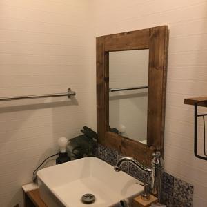DIY 洗面所の照明とスイッチの取付