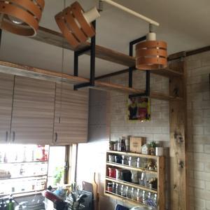 カフェ風キッチンの照明追加