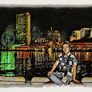 神戸の港をバックにカッコつけてみた📸🎡🌉