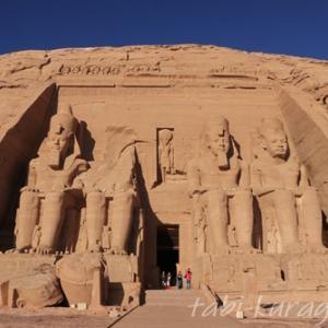 世界遺産第1号!アブ・シンベル神殿を見に行こう(アスワンからのツアー)
