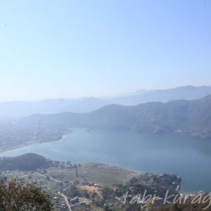 ヒマラヤ山脈アンナプルナを望む展望スポット サランコットの丘へトレッキング