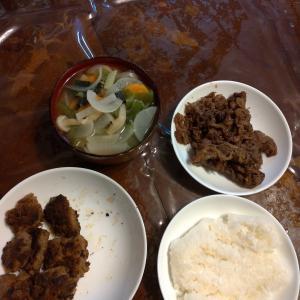 昨日の夕食は、牛肉のしぐれ煮とか作ってみました。