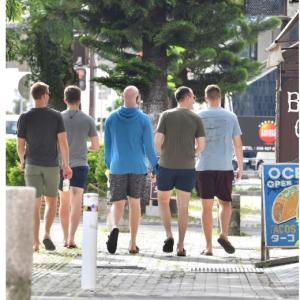 [沖縄 米軍コロナ禍]「沖縄はパラダイス」米兵、薄い危機感
