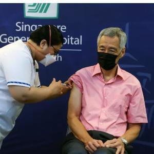 シンガポールの新規感染者数、過去最多更新 98%は軽症  日本経済新聞 9月23日