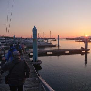 土曜日の遊漁船