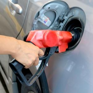 ガソリン代を節約する方法