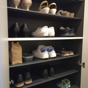 家族三人の靴箱を整理