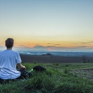 瞑想を始めてからトータルで50時間を超えたので感じた効果をまとめてみた