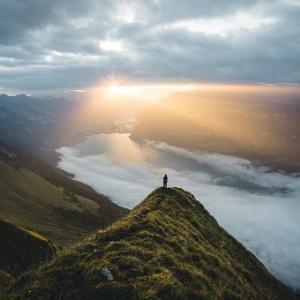 【目覚め】意識の反転を阻むもの:奥深くに巣食う「否定」の設定を「受容」に変えた時に見える世界