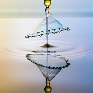 【目覚め】「シンプル」「楽観」「簡単」の裏にある叡智を見抜く:振動周波数解除と霊性進化は全く別物