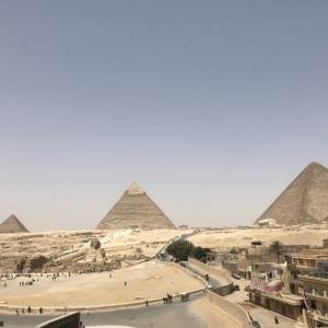 【エジプト編①】ホテルの従業員も係員もみんなグル?ピラミッド東側エリアでバクシーシの被害に遭う
