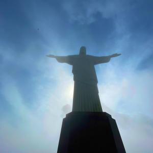 【ブラジル編③】雲を纏うキリスト像に翻弄されるコルコバードの丘