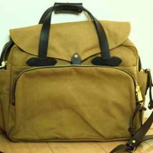 フィルソンのUSA製バッグという心強さ【Padded Computer Bag】