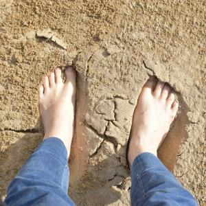 常に地に足がつくグラウディングできてる人になるには【スピリチュアル好きにオススメ】