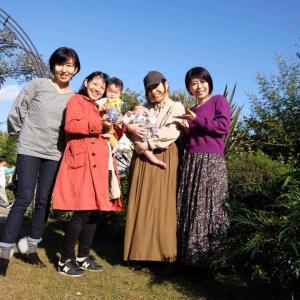 え?孫?友達と子と乳母と西宮ガーデン