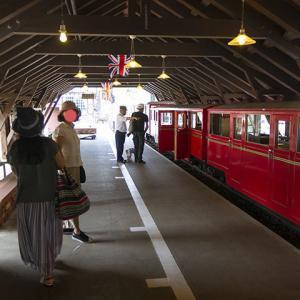 ロムニー鉄道の旅