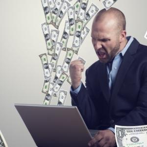 バイナリーオプションで月収100万円越えも可能!?