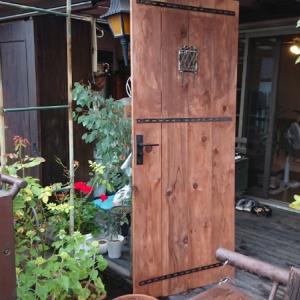 自作建具のススメ【テラス出入口ドア】ドアノブ加工あり
