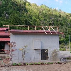 小屋の屋根の嵩上げ①~空き家リノベーション#46【サニタリー棟】
