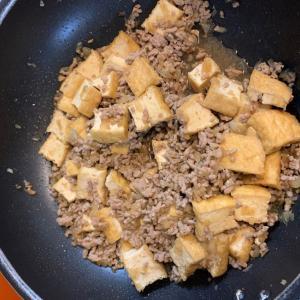 男子が簡単に作れる料理 厚揚げと豚挽肉のそぼろ煮 20-06-06