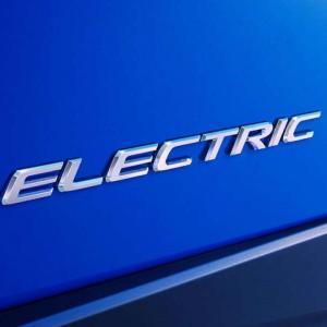 ● レクサス初の市販EVを広州モーターショーで世界初公開へ、 車名は『レクサスUX300e』か?