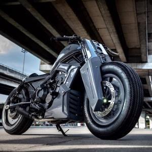 ● タイ発のホンダ「レブル500」カスタム、 カスタムバイクもボーダレスの時代に突入か!?