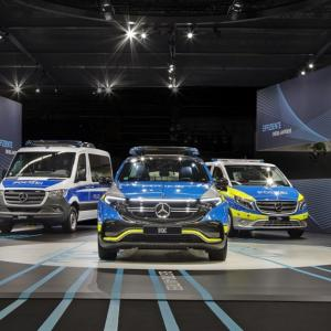 ● メルセデスベンツのEV 『EQC』、ポリスカー仕様車両を発表…ドイツ GPEC2020