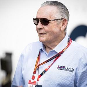 ● オーストラリア出身元F1王者ジョーンズ、突然の中止に「予期せぬ事態であり、誰も責められない」