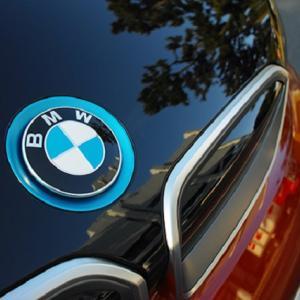 ● BMWが「iPhone」をデジタルキーに採用、自動車メーカー初 7月生産車から