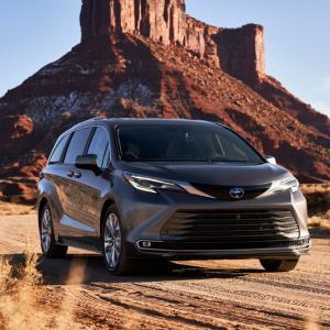 ● 米トヨタ、2025年までに新車販売の25%をハイブリッド車にすると表明!