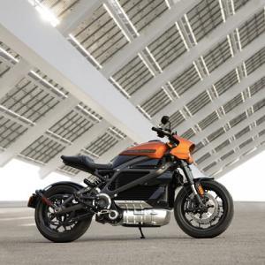 ● ハーレーの電動モーターサイクル『ライブワイヤー』マーベル展で公開、2021年春に日本導入!