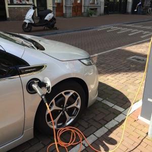 ● 独政府、急速充電インフラ整備の加速など自動車業界を支援を打ち出す