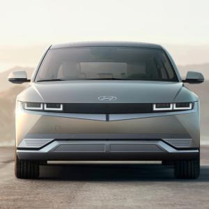 ● ヒュンダイ、新型EV「IONIQ 5」を世界初公開、EV専用ブランドの第1弾モデルが登場!